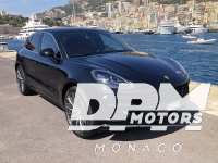 Porsche Macan (2) Turbo 440